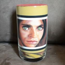 06 Zandschildering Afghaans meisje - Sharbat Gula